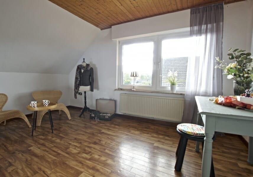 Provisionsfrei für den Käufer:  4-Zimmer-Dachgeschosswohnung zur Eigennutzung oder Kapitalanlage - Arbeitszimmer